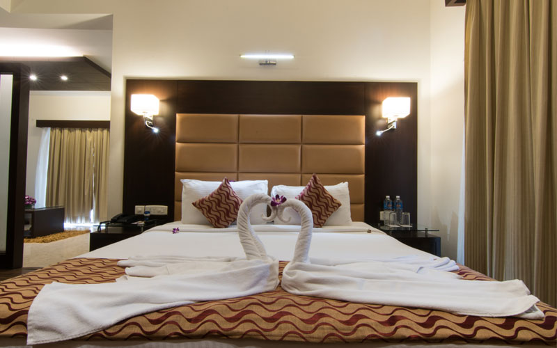 luxurious hotel in goa